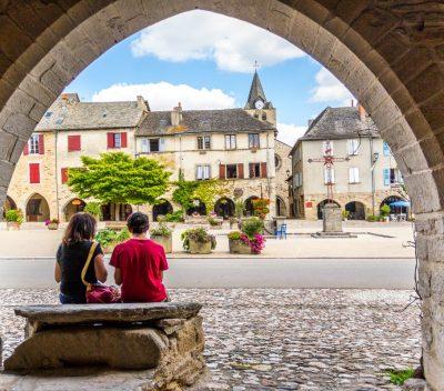 Sauveterre-de-Rouergue en Aveyron-credits Muriel Hennessy